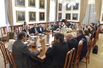 Los diputados peronistas cuestionaron a los de Cambiemos