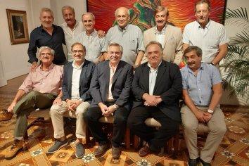 Cena en Olivos de los amigos íntimos con Alberto Fernández