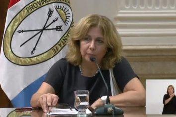 La ministra de Salud continúa internada con neumonía leve
