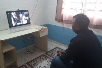 Ponen en funcionamiento un inédito sistema de videoconferencias para vincular a privados de libertad con sus familiares