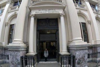 Las sucursales de los bancos abren al público a partir del lunes