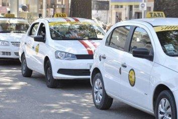 Otorgaron el aumento de tarifas a taxistas