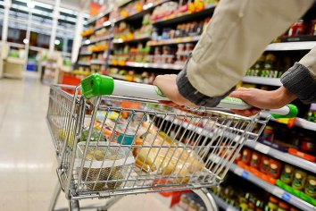 ¿Cuál fue el producto de la canasta básica que aumentó su precio un 6.300%?