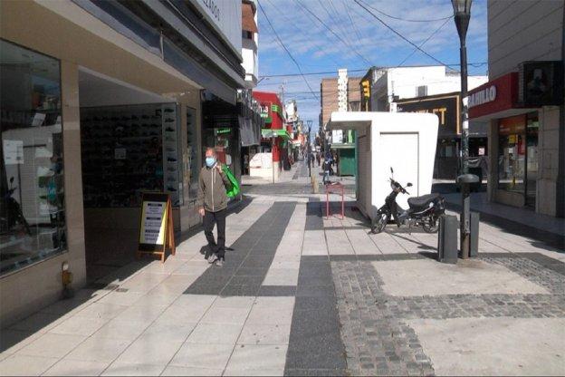 Durante la cuarentena en el microcentro de Paraná ya cerraron unos 60 comercios