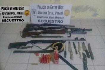 Villa Urquiza: Demoraron a varias personas por tenencia ilegal de armas