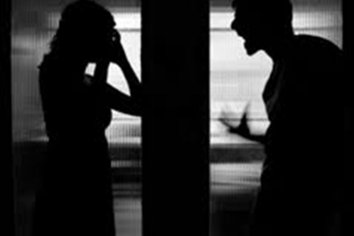 Enfermera denuncia hostigamiento y violencia de género