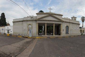 La Municipalidad habilitó el servicio de los cementerios