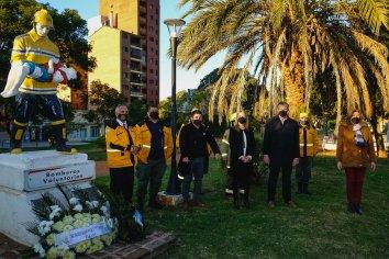 Bahl participó de la celebración por el Día Nacional del Bombero Voluntario