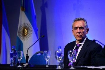 """""""Tenemos que defender la soberanía, la territorialidad de la provincia y cuidar el dominio de todo esto"""""""