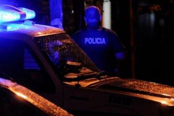 Un Oficial de la Federal quedó detenido tras participar de una fiesta clandestina y huir de la policía