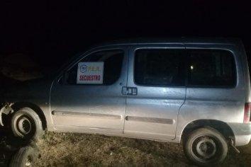 Recuperaron un vehículo durante la madrugada de este sábado