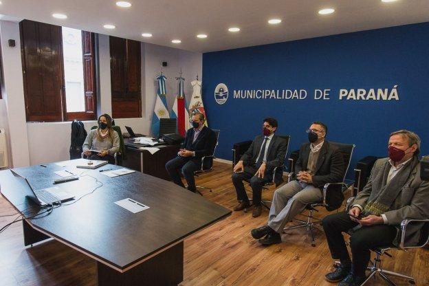Bahl solicitó a distintos sectores de la economía extremar los controles para evitar la propagación del virus en Paraná