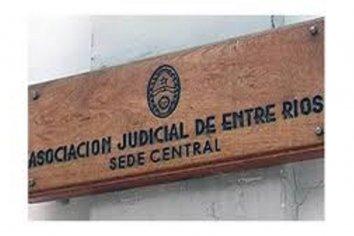 Los judiciales anunciaron el primer paro contra la