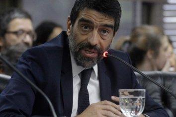 Rodolfo Tailhade aseguró que los autores intelectuales del mecanismo ilegal son Mauricio Macri y la mesa judicial