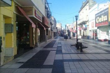 Comerciantes de Paraná se oponen a cerrar sus puertas nuevamente