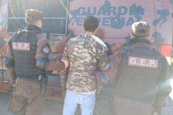 Cuatro detenidos por causar  daños en vagones del tren