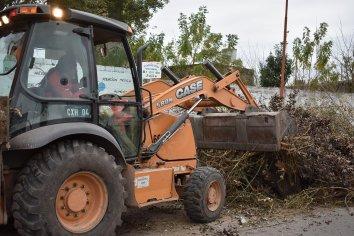 Continúan los operativos de limpieza en barrios