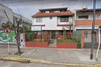 Evacuaron un geriátrico de Saavedra por contagios masivos de coronavirus: 17 abuelos infectados