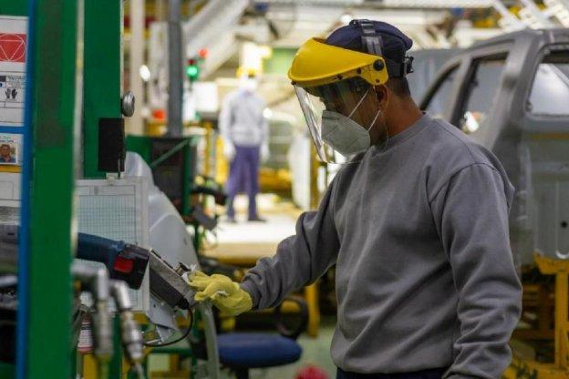 """""""La industria creció entre 3 y 3,2%"""" aseguró Kulfas"""