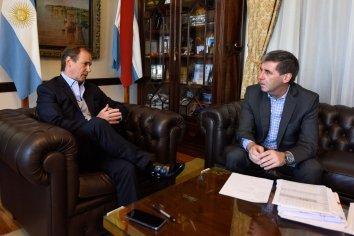 La provincia asistió a los municipios con los primeros 150 millones de pesos
