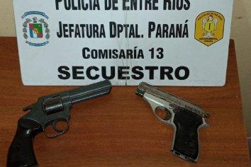 Detuvieron a dos menores que portaban armas de fuego