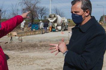 La Municipalidad encara trabajos de bacheo con empleados municipales y material producido en la planta asfáltica
