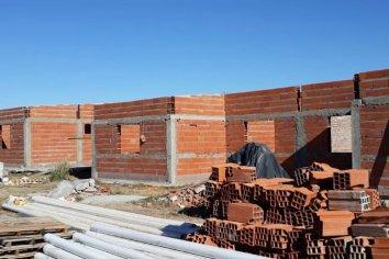 Con recursos provinciales se construyen viviendas en tres localidades entrerrianas