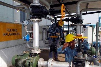 La producción industrial registró en agosto una caída del 5,2%