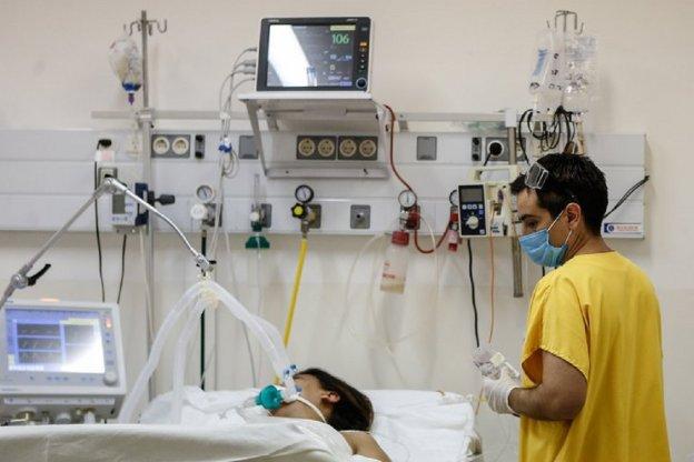 Confimaron 84 nuevas muertes y 4.688 contagios durante este domingo