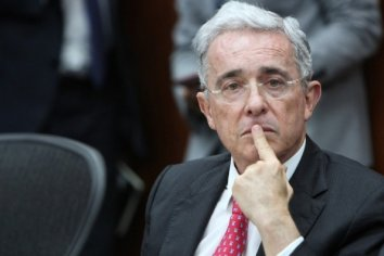 Corte Suprema ordenó la prisión domiciliaria del expresidente Álvaro Uribe