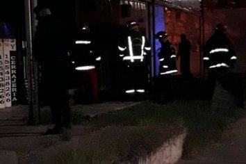 Lamentable: un hombre perdió la vida en un incendio ocurrido esta noche en Paraná