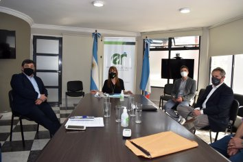 Velázquez se reunió con autoridades de Concepción del Uruguay
