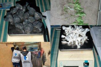 Allanamiento por narcomenudeo: Veintidós personas identificadas y dos detenidos