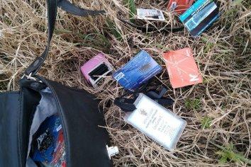 San Benito:la policía recuperó una cartera que había sido robada