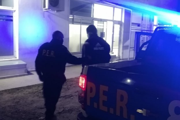Un hombre de 29 años fue detenido por agredir a su pareja