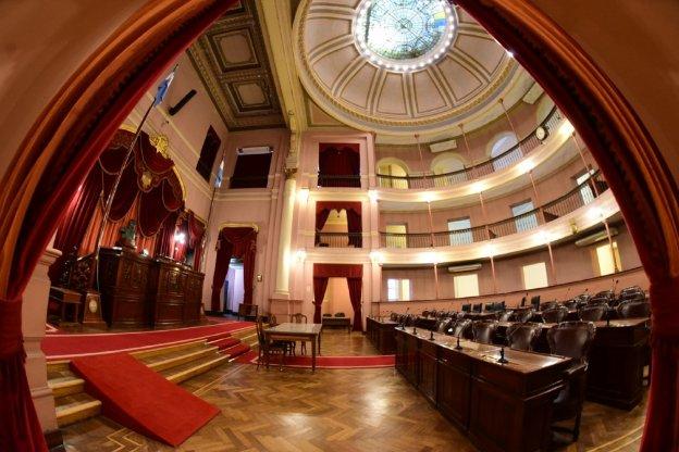 Diputados analizó el proyecto que declara a las colectividades radicadas en la provincia como integrantes del patrimonio cultural