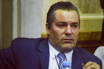 Tras el escándalo, renunció Juan Emilio Ameri