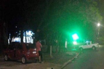 Motociclista chocó la puerta de un auto y debió ser hospitalizado