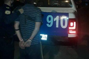 Detenido por romper autos