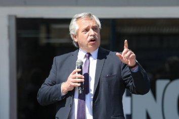 """Alberto Fernández """"Hace falta que todos nos arremanguemos, nos pongamos de pie y hagamos el esfuerzo para construir un mejor país"""""""