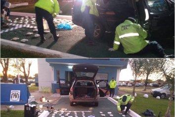 Paso Cerrito: Detuvieron un auto con más de 30 kgs de droga en su interior