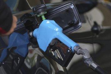 El Gobierno posterga la actualización del impuesto a los combustibles