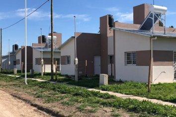 En cinco localidades se construyen viviendas con fondos provinciales