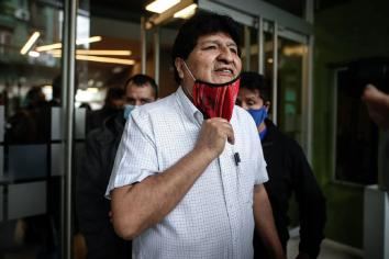 Evo Morales dejó el país y viajó hacia Venezuela