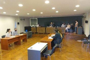 El juez subrogante Raúl Flores resolvió no hacer lugar a la recusación planteada por el abogado Rubén Pagliotto