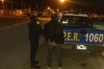 Desobedeció la medida de restricción y fue a la casa de su ex a agredirla, fue detenido