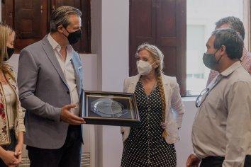 El intendente Adán Bahl los homenajeó al personal de Enfermería