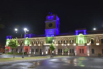Iluminan la Casa de Gobierno por el Día Internacional de las Personas con Discapacidad