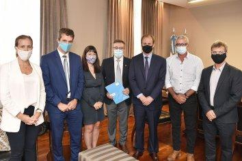Invertirán 235 millones de pesos para obras de saneamiento en San Salvador y Villa Elisa