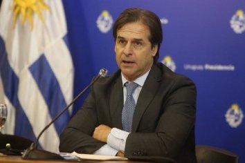 El presidente de Uruguay flexibilizó el cierre de fronteras a extranjeros residentes en el país